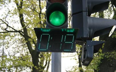 Światła na przejściach będą wyposażone w wyświetlacze odmierzające czas