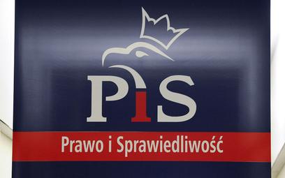Polityczny flirt PiS z największą organizacją studencką