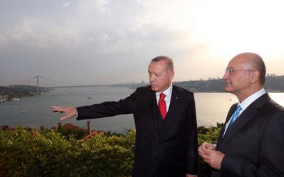 Recep Tayyip Erdogan: Kupimy rosyjskie wyrzutnie S-400, możemy kupić też Patrioty