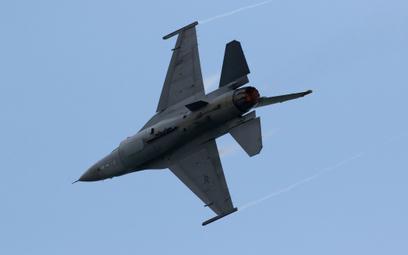 Rosjanin szmuglował instrukcje do F-16. Tłumaczenie zwala z nóg