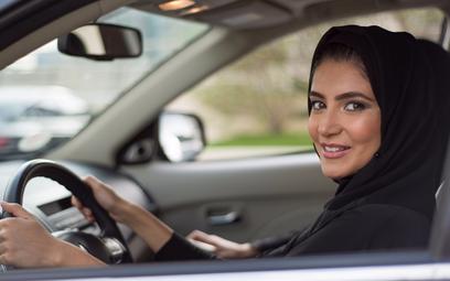 Ostatni kraj na świecie zniósł zakaz prowadzenia samochodu przez kobiety
