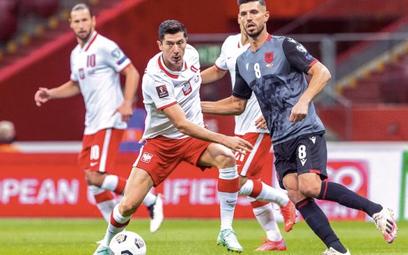 Robert Lewandowski strzelił Albańczykom gola w pierwszym, wygranym 4:1, meczu w Warszawie. – Nie moż