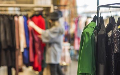 Trudny początek roku w sklepach odzieżowych