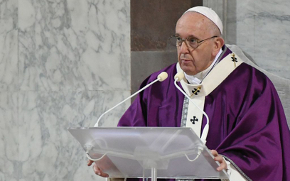 Papież wciąż nie czuje się dobrze. Przekłada audiencje
