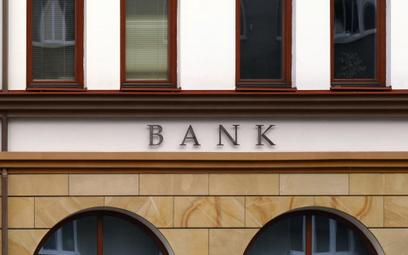 Niewielki wzrost podatku bankowego