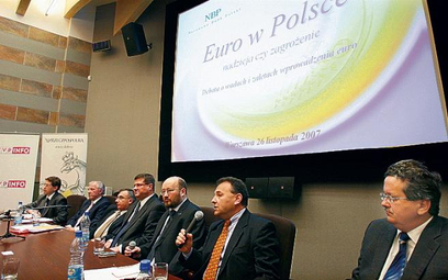 Euro w Polsce. Nadzieja czy zagrożenie