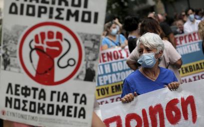 Protest przeciwko obowiązkowi szczepień na COVID w Grecji