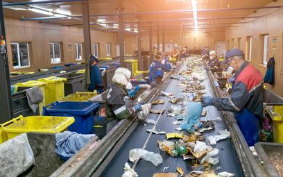 Już ponad 40 proc. śmieci zbieranych jest selektywnie, w czym pomogła śmieciowa rewolucja