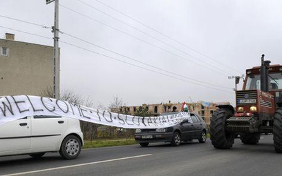 Węgrzy blokują słowacką granicę