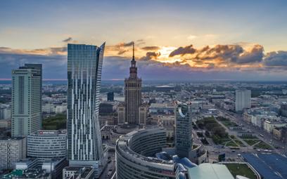 """S&P z optymizmem o polskiej gospodarce. """"Spór z UE szybko się skończy"""""""