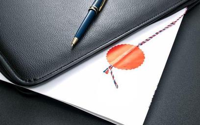 Kompetencja notariusza przy poświadczaniu dokumentów i spisywaniu protokołów zgromadzeń organów spółek