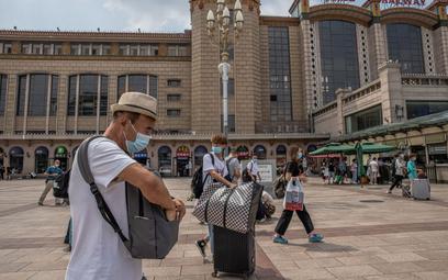 Koronawirus. Chiny: Wzrosła liczba zakażeń - dymisje urzędników