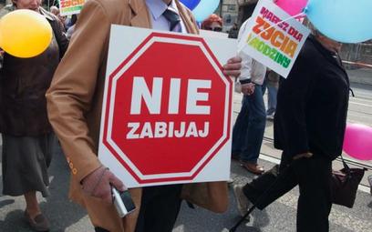 Projekt ws. całkowitego zakazu aborcji trafił do Sejmu