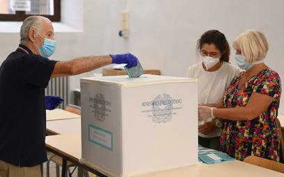 Włosi zgodzili się na zmniejszenie liczby parlamentarzystów