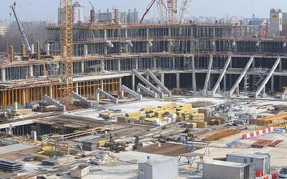 Opóźnienie budowy Stadionu Narodowego
