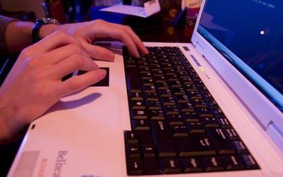 Nowe języki trafią do Internetu