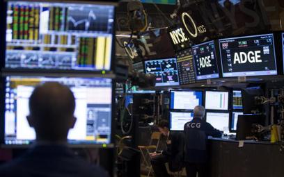Wall Street kończy środę mieszanymi wynikami
