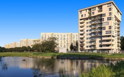 Kłopot z oczkiem wodnym - nowelizacja prawa wodnego tamuje obrót mieszkaniami