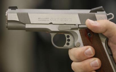 Czesi kupują legendarnego producenta rewolwerów Colt