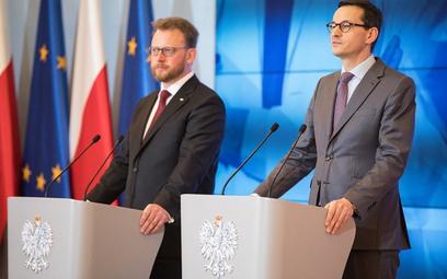 Od lewej Łukasz Szumowski i Mateusz Morawiecki