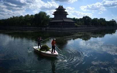 Pekin po cichu nakazuje swoim firmom kupować chińskie produkty