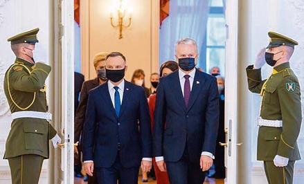 Prezydenci Polski i Litwy podczas wtorkowego spotkania w Wilnie