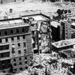 Zrujnowany hotel King David wJerozolimie po zamachu bombowym dokonanym przez bojowników Irgunu 22 l