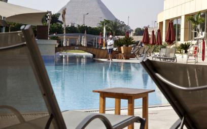 Gwałtownie przybywa turystów w Egipcie. Hotelarze się szczepią