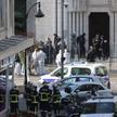 Terrorysta wtargnął do bazyliki Notre Dame zaraz po jej otwarciu