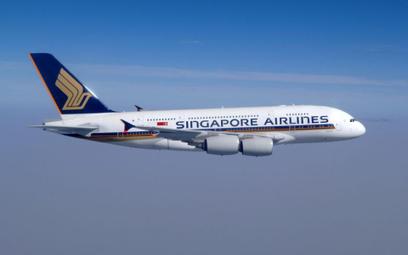Singapore Airlines tną rejsy. Pustki w samolotach przez wirusa