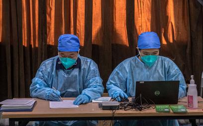 Chińscy naukowcy: 50 proc. szans że koronawirus pojawił się w USA we wrześniu 2019