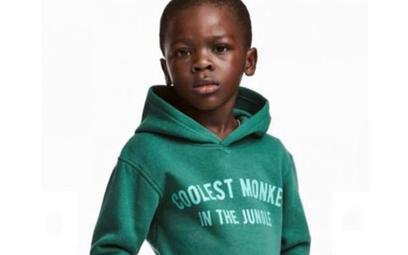 """""""Najfajniejsza małpa w dżungli"""". H&M przeprasza za reklamę z czarnoskórym chłopcem"""