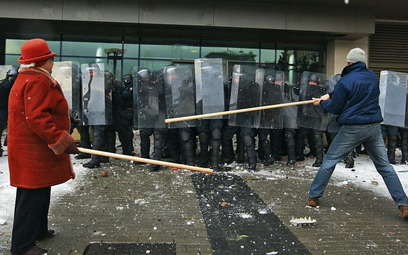 16 stycznia Litwini wyszli na ulice protestując przeciwko planowanym przez rząd drastycznym reformom