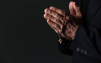 Nikt przyzwoity nie może z filmu Sekielskiego czynić ataku na Kościół