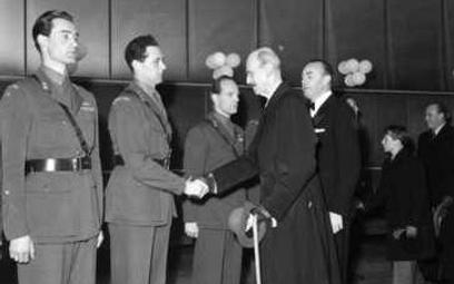 Roenneberg (na zdjęciu pierwszy z lewej)