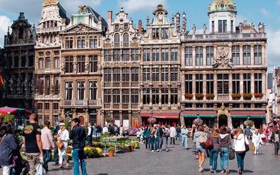 W Brukseli uszkodzony banknot euro można zanieść  np. do banku centralnego