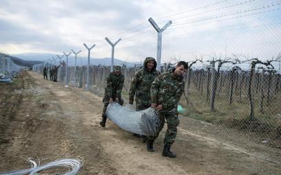 Macedonia rozpoczęła budowę drugiego odcinka muru, który ma zagrodzić drogę imigrantom udającym się