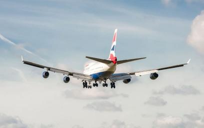 Boeing rekordowo szybko przeleciał nad Atlantykiem. Pomógł sztorm