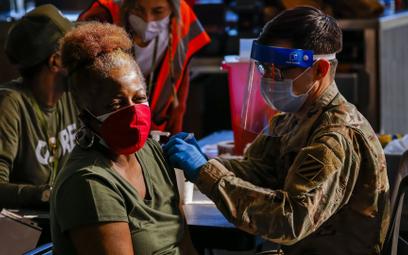 Pentagon zapowiada obowiązek szczepień żołnierzy USA
