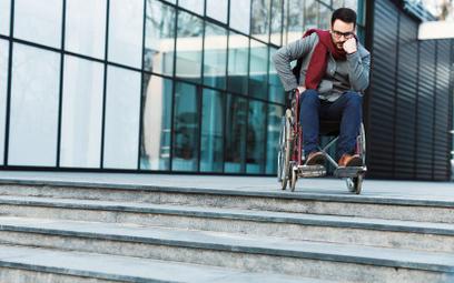 Raport NIK: Muzea i parkingi niedostępne dla seniorów