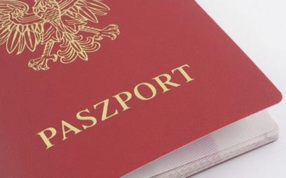 Najbardziej opłacalne paszporty. Polacy na miejscu 15.
