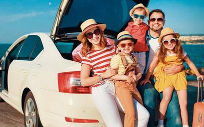 Największe benefity związane z zakupami e-aut zyskają posiadacze Karty Dużej Rodziny