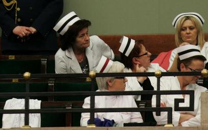 Pielęgniarki z OZZPiP jadą do stolicy na protest
