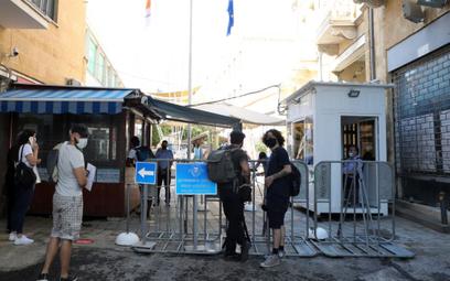 Przejścia łączące dwie części Cypru ponownie otwarte