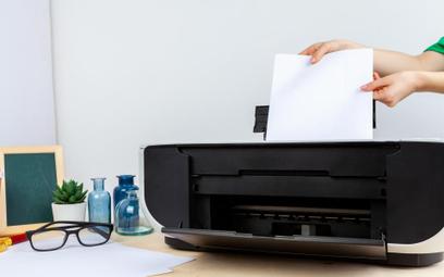 Konsumenci nie mogli taniej kupić drukarek przez narzucanie cen