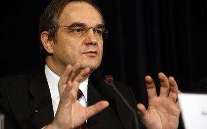 Rząd zajmie się ustawą o opcjach walutowych