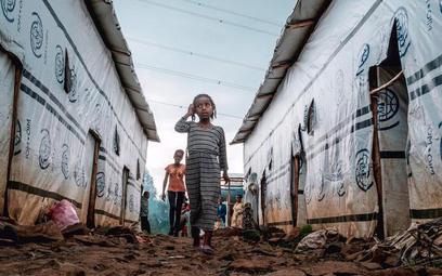 Wojna w Tigraju wygnała z domów kilkaset tysięcy ludzi, może nawet 1 mln. Część schroniła się w Suda