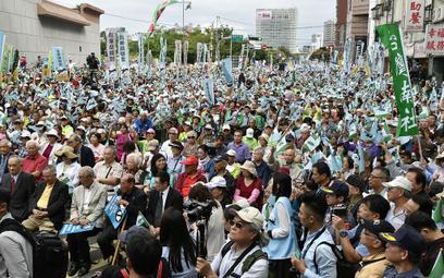 """Antychińska demonstracja na Tajwanie. """"Jesteśmy suwerenni"""""""