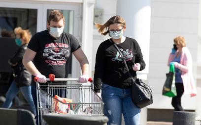 Koronawirus w Polsce. Rząd przedłuża obostrzenia
