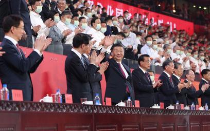 Prezydent Chin apeluje, by kochać partię